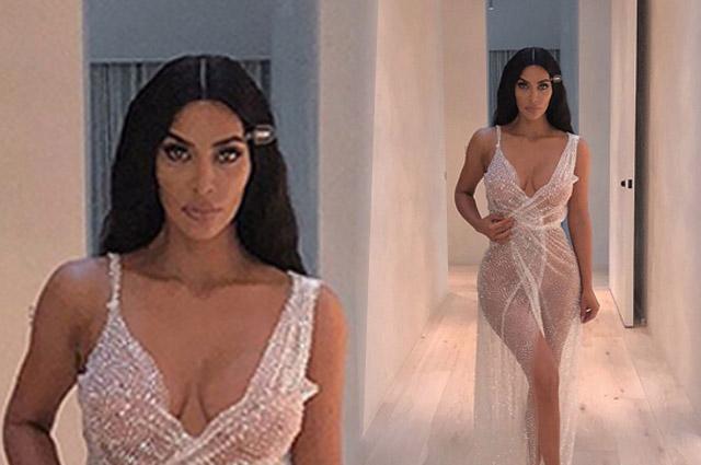 Ким Кардашьян позирует в платье от молодого российского дизайнера