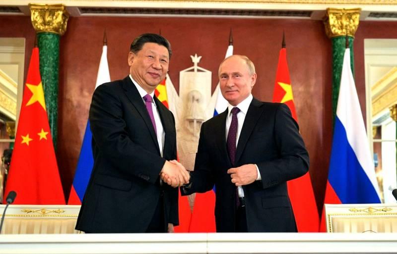 Эксперт: Западу проще отдать Россию Китаю, нежели идти на уступки