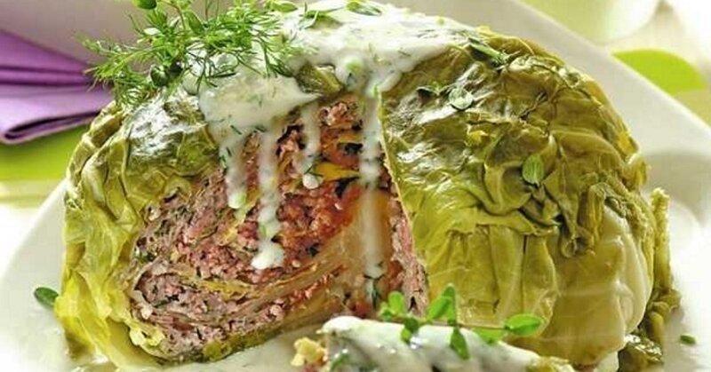 Трудоемко, но красиво - капуста варится до мягкости. потом листья отгибаются, закладывается фарш и снова собирается кочан длиннопост, еда, капуста, картинки, на заметку, приготовь, рецепт