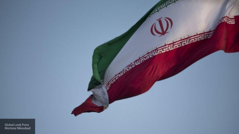 Иран заявил о готовности помочь Сирии с выводом войск США по просьбе официального Дамаска