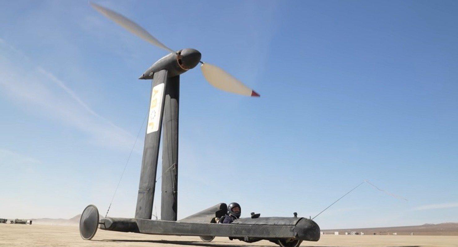 Ветроход Blackbird: самое нелогичное транспортное средство, которое работает Автомобили