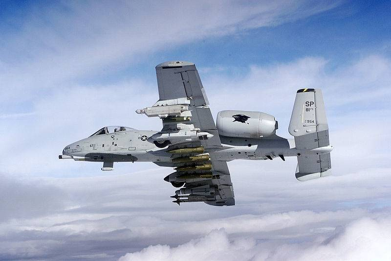 """ВВС США все таки нашли деньги на новые крылья для """"Бородавочников"""""""