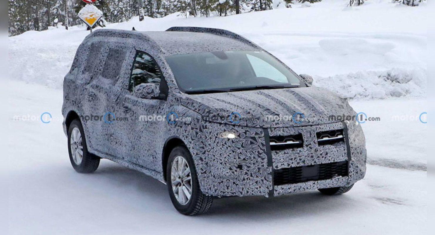 Универсал версии Dacia Logan Stepway Wagon попал в объективы журналистов Автомобили