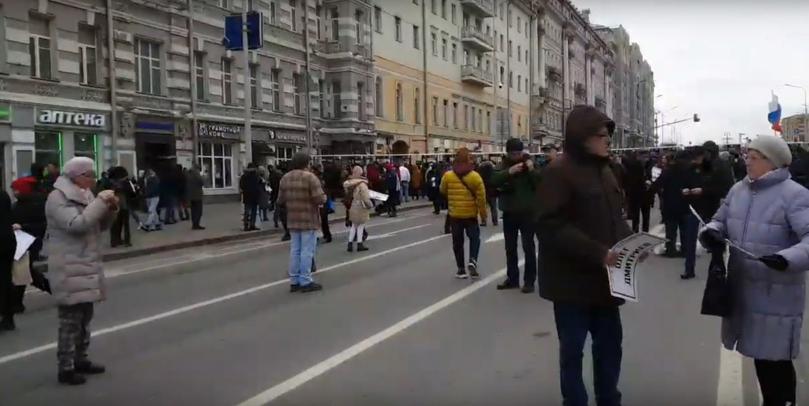 На «Марш Немцова» в Москве практически никто не пришел