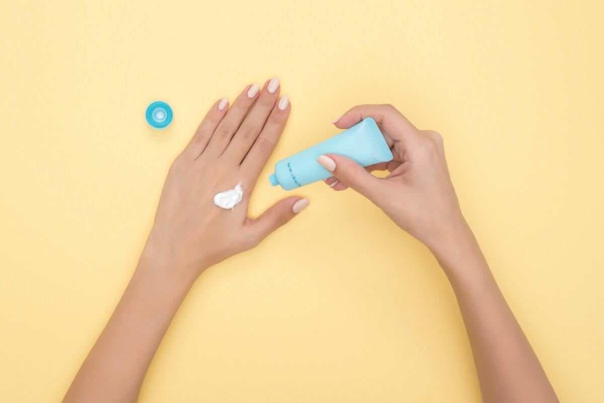 Как восстановить сухую кожу рук буквально за 1 копейку? Простой рецепт лосьона
