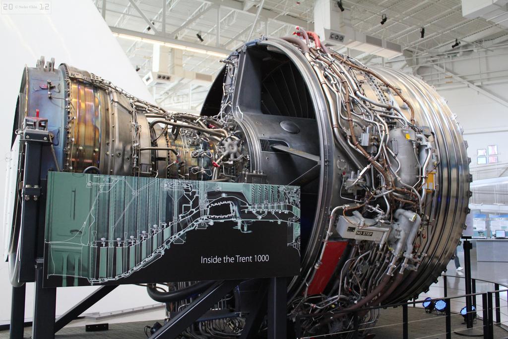 Авиационные двигатели марки Rolls Royce Trent 1000 должны быть заменены