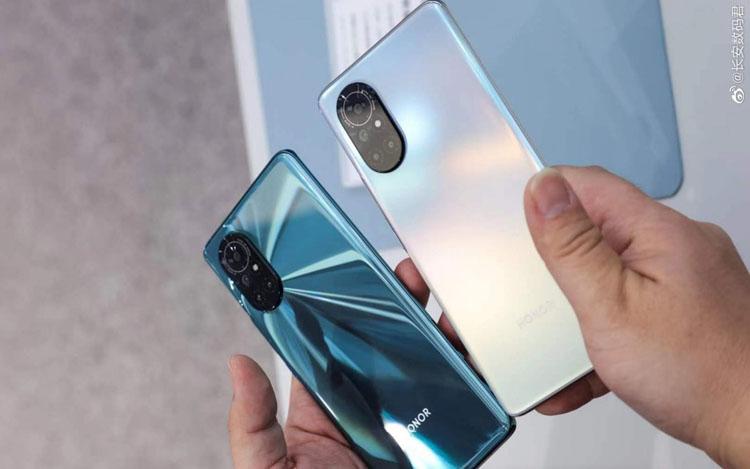 Новый смартфон линейки Honor V40 получит до боли знакомый дизайн новости,смартфон,статья
