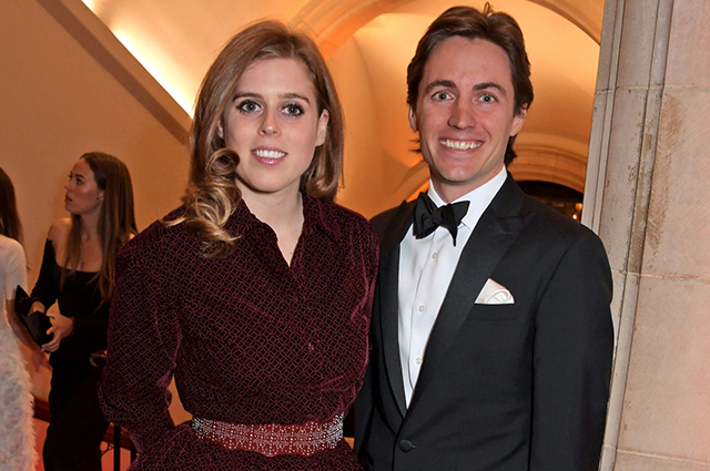 """Сара Фергюсон рассказала об изоляции принцессы Беатрис с женихом в доме его матери: """"Живет с будущей свекровью"""""""