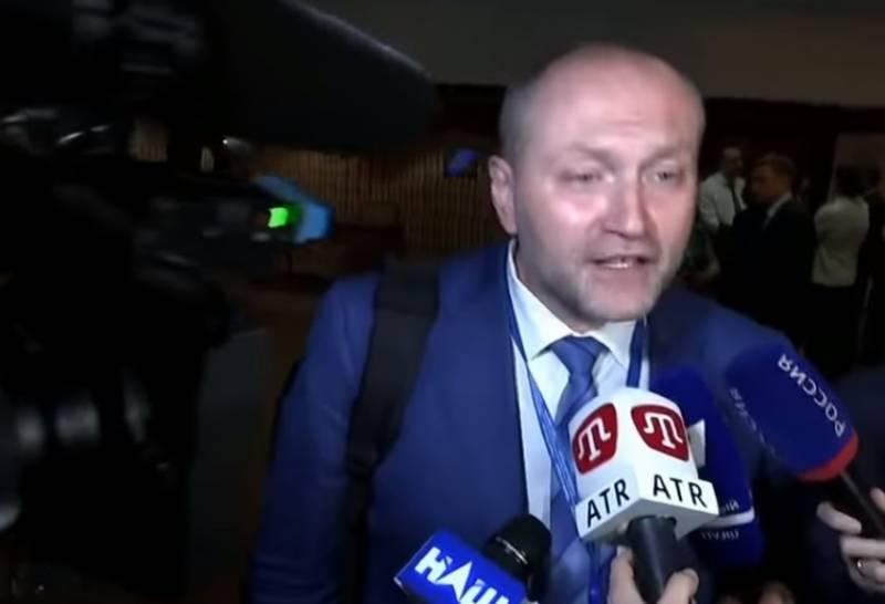 Украинский депутат в ПАСЕ назвал всех русских «ублюдками»