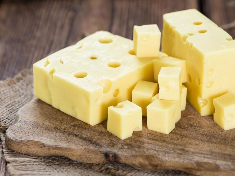 Новое исследование подтвердило, что сыр может вызвать зависимость