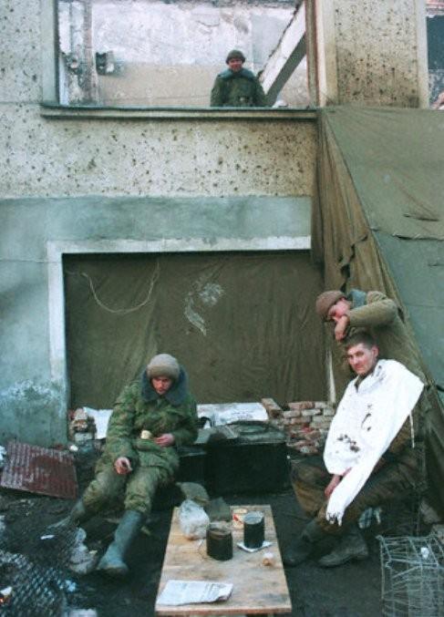 Солдатский быт во время войны, Грозный, январь 1995 года. история, события, фото