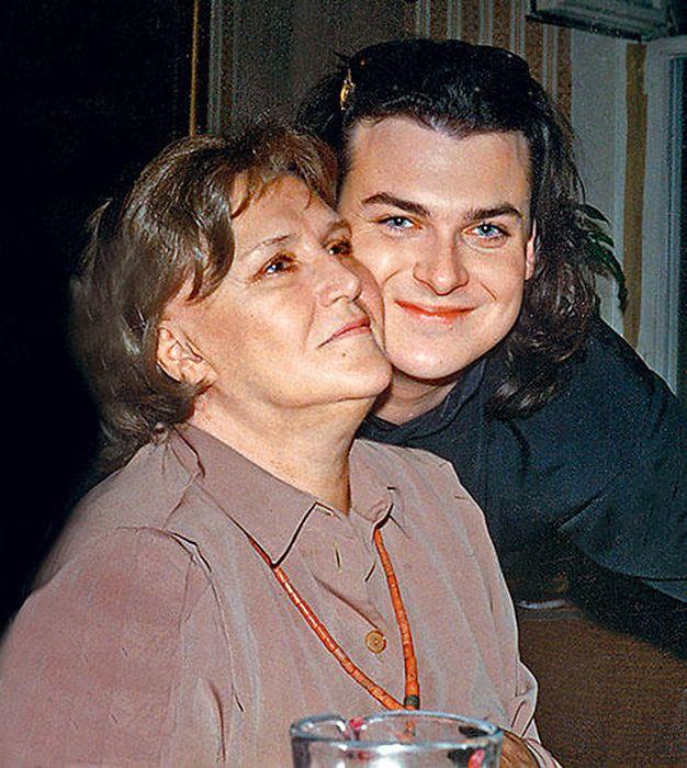 Юлиан и Нонна Мордюкова. / Фото: www.7days.ru
