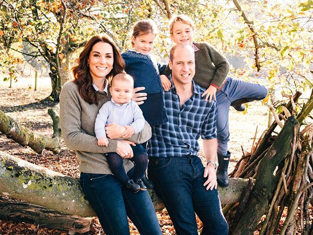 Королевская семья представил…