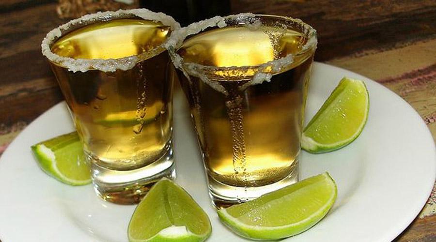 Какой алкоголь наименее вреден Агава,алкоголь,бутылка рома,Виски,водка,водочка,ЗОЖ,Какой алкоголь наименее вреден,коньяк,мультивитаминный комплекс,Пространство,Ром,Текила
