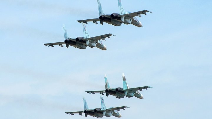 Русские истребители перехватили разведчиков ВВС США. Учения НАТО омрачены