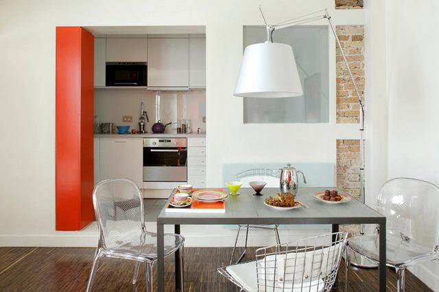 кухня на балконе в квартире студии на фото