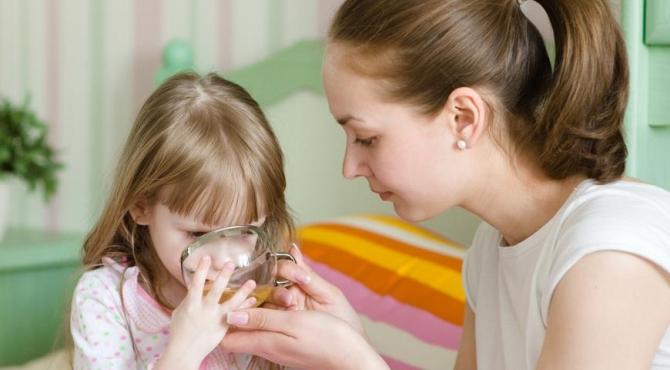 Чем кормить ребенка во время простуды?