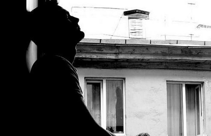 «Мужчинам не просто»: женско-понимающее стихотворение Екатерины Довлатовой