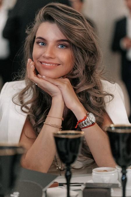 Рената Литвинова, Владимир Яглыч с женой и другие гости благотворительного ужина Стиль жизни,Благотворительность