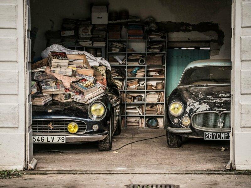 2. В 2015 году двое мужчин обнаружили в старом сарае во Франции несколько бесхозных классических автомобилей в мире, везение, жизнь, история, люди, находка, удача