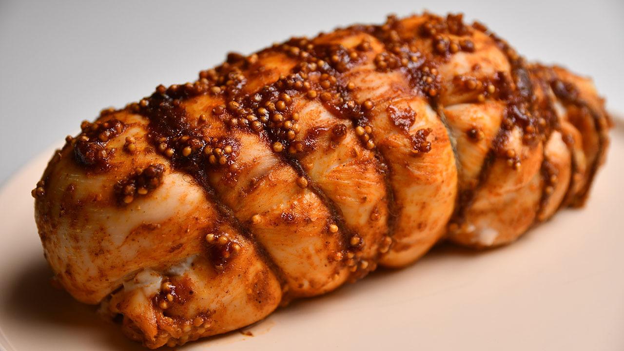 Пастрома - сочное куриное филе в духовке