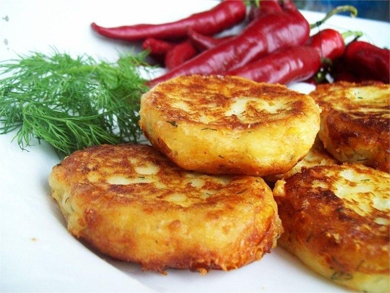 Самые вкусные котлеты из картофельного пюре