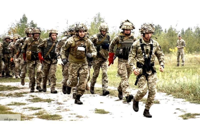 Инцидент на Украине: боец ВС…