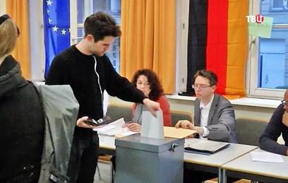 Кандидаты на пост канцлера Германии начали голосовать на выборах