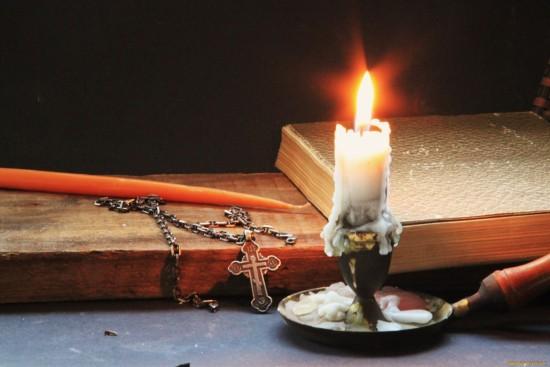 Очищение квартиры или дома церковной свечой: избавляемся от негативной энергии самостоятельно