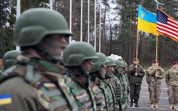 В Киеве рассказали, как могут поступить США, если ополченцы ЛДНР выйдут к границам областей