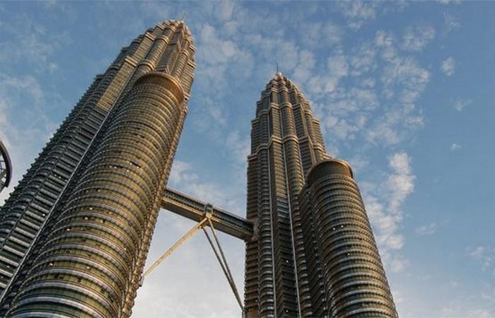 15 самых высоких небоскребов…