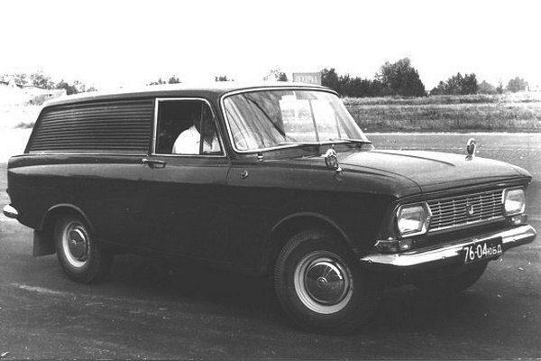 Кто ездил на автомобилях с правым рулем в СССР?