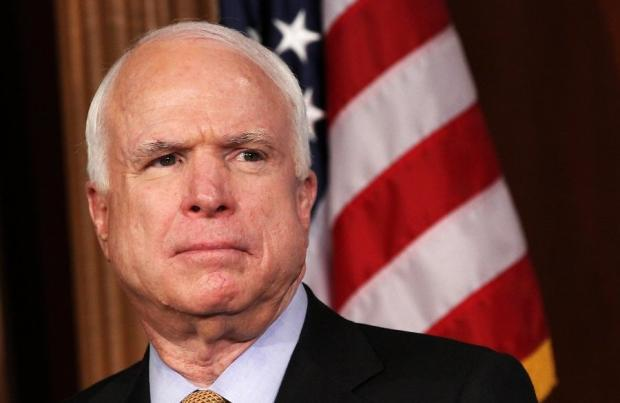 Сенатор Маккейн признал воен…