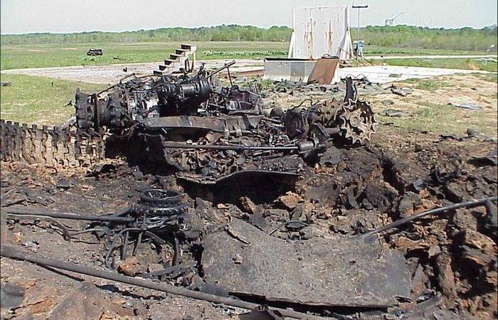 Может ли Джавелин разорвать Т-72 на части?