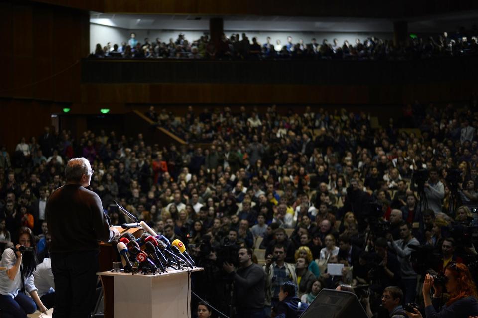 Putin foe Khodorkovsky 'willing to lead Russia'