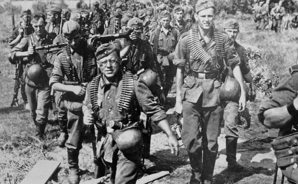 """В июне 1941 года мало кто из гитлеровцев подозревал, каким адом для них обернется """"Поход на Восток""""."""