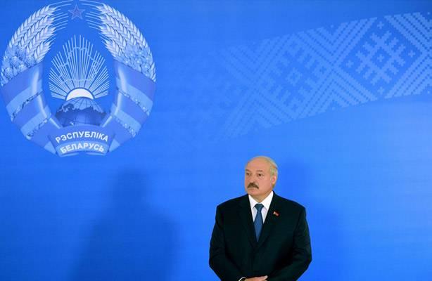 Лукашенко подставляет Путина…
