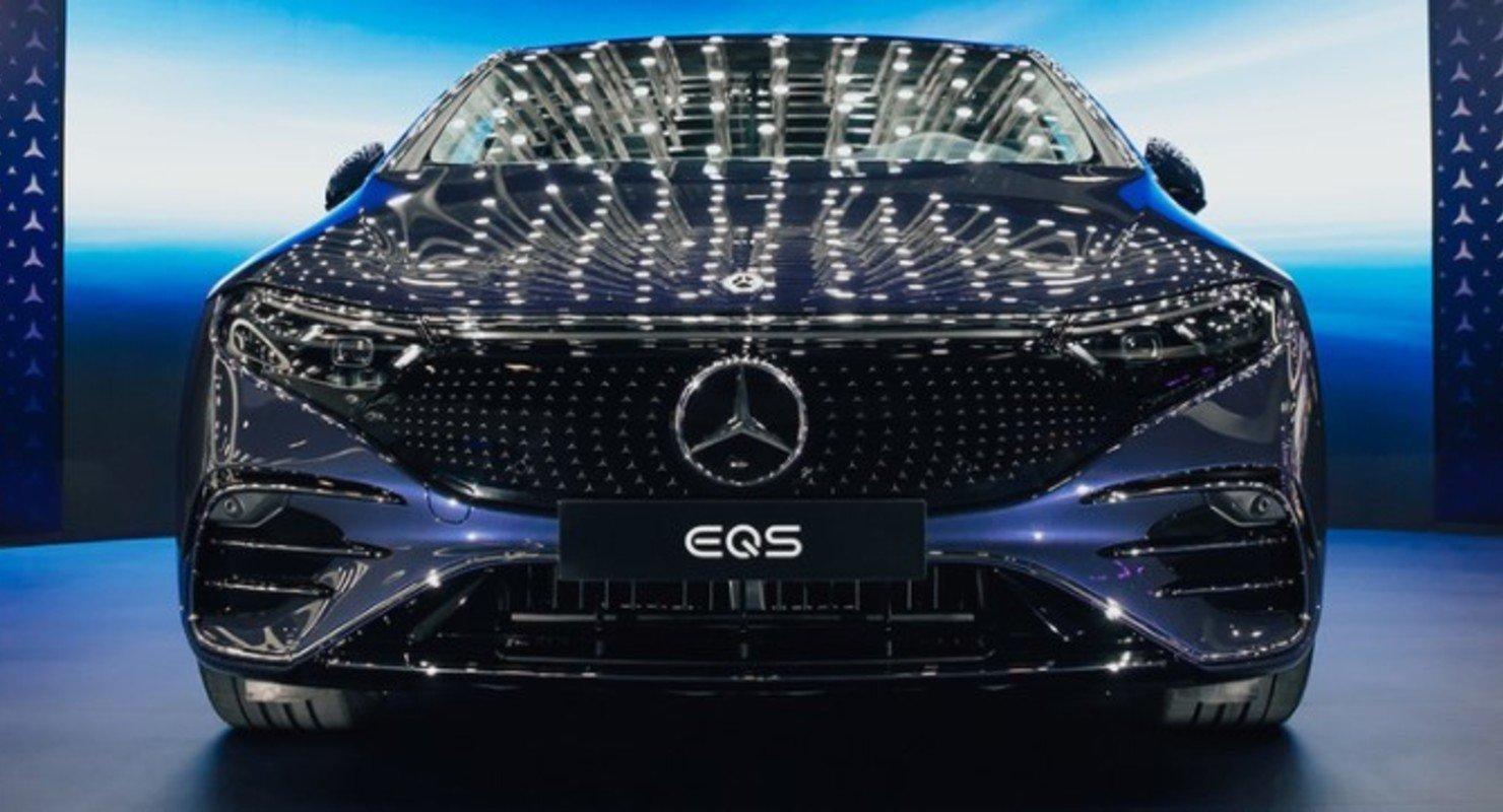 Автопроизводитель Mercedes-Benz показал свой первый электрический седан класса «люкс» Автомобили