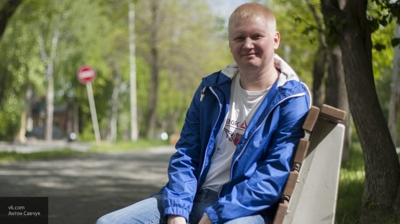 Антон Савчук бесплатно ремонтирует квартиры ветеранам войны и инвалидам