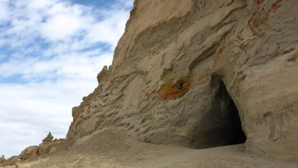 На границе Китая и Тибета нашли пещеру инопланетного происхождения