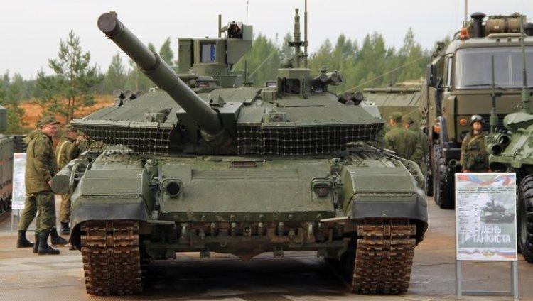 """Для российской армии развернут серийное производство танка Т-90М """"Прорыв-3"""""""