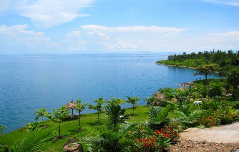 Киву – самое опасное озеро мира, которое может взорваться в любую минуту