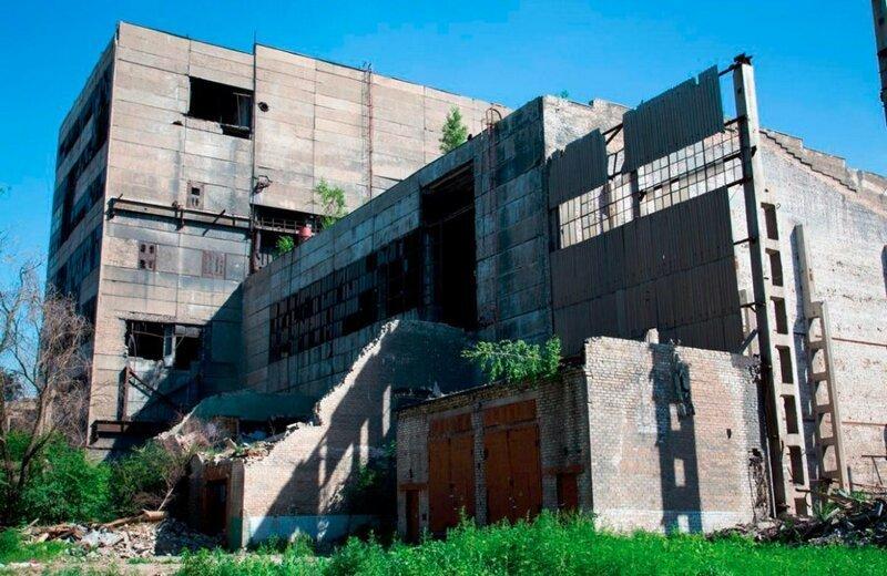 Как два студента-практиканта уничтожили целый завод