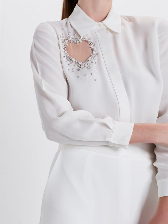 Блузка с сердечком