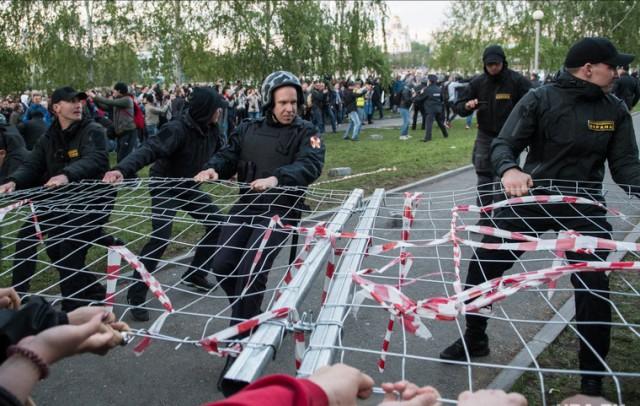 Говорят,что в России нет демократии, точно ВРУТ!