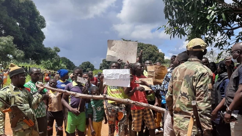 Центральноафриканцы провели демонстрацию против миротворцев ООН вБамбари Весь мир