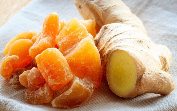Восточные сладости - засахаренные кусочки имбиря