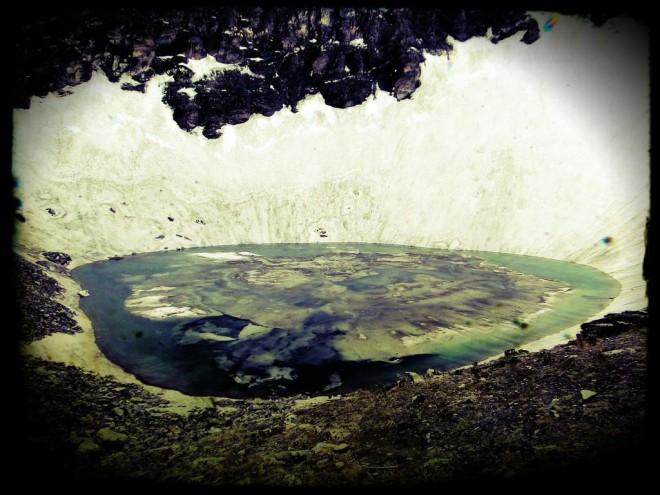 Озеро скелетов: самый опасный водоем Гималаев