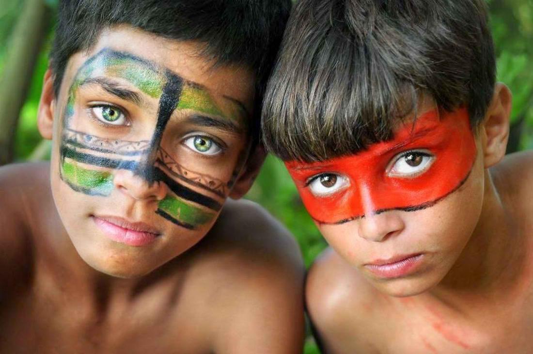 Исчезающее  племя Dessana  в джунглях Амазонки