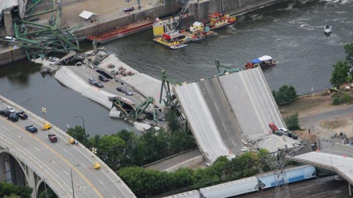 Мост «I-35W»| Фото: WCCO.